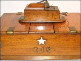 Caixa de charutos do capitão do Titanic (foto: Cato Crane Auctioneers)