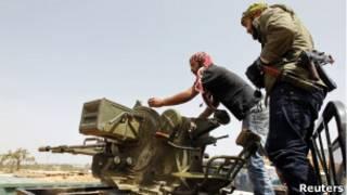 Ливийские повстанцы в Мисрате