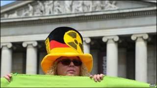 Người biểu tình phản đối hạt nhân tại Munich, 28/5/2011