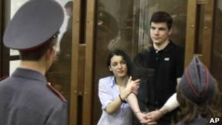 Никита Тихонов и Евгения Хасис в зале суда