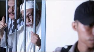 ပစ်ဒဏ်ကျခံနေရတဲ့ ဘာသာရေးခေါင်းဆောင် အဘူဘာရှာ