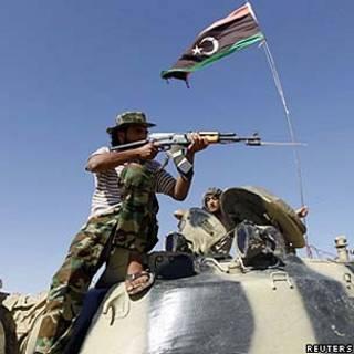 Treinamento de rebeldes líbios/reuters