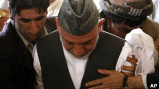 Похороны брата Хамида Карзая