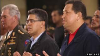 Chávez participa de missa em academia militar (Reuters)