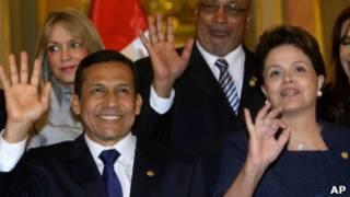 Dilma, ao lado de Ollanta Humala, no Peru, nesta quinta (AP)