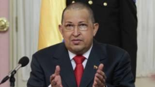 Chávez, nesta segunda no Palácio de Miraflores (Foto divulgada pela Presidência da Venezuela)