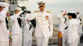 Tư lệnh Hạm đội 7 Scott Van Buskirk