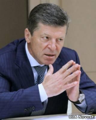 Вице-премьер Дмитрий Козак на селекторном совещании в Белом доме 25 июля 2011 г.