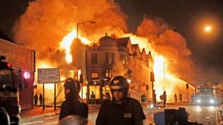 Tumultos em Londres (Getty Images)