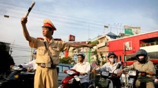Cảnh sát giao thông Hà Nội