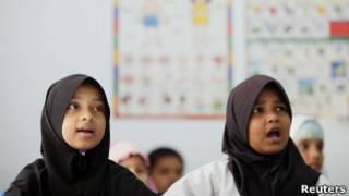 Anak-anak suku Rohingya