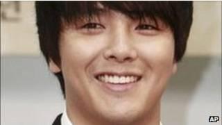 Park Yong-ha, jovem cantor coreano que se suicidou em 2010 (AP)