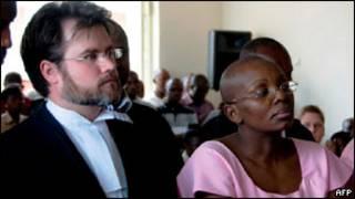 Victoire Ingabire mu rukiko n'umwe mu bamwunganira Ian Edwards