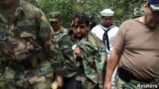 Minor Vidal, ao ser resgatado (Reuters)