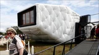 Rumah tenaga surya