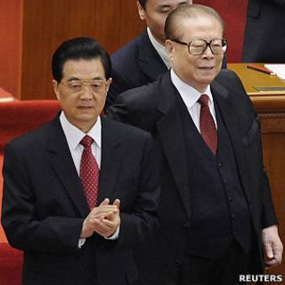 江澤民與胡錦濤在北京人民大會堂出席辛亥革命100週年紀念大會(9/10/2011)