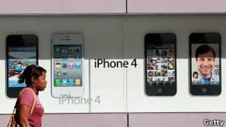 Реклама смартфона iPhone
