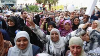 """Женщины-сторонницы исламистской партии """"Ан-Нахда"""" в Тунисе"""