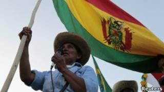 Indígenas protestam em La Paz. Foto: Reuters