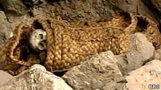 """жертвенные младенцы"" в Перу"