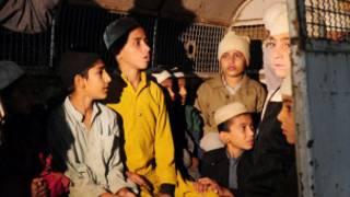 Học viên trại Karachi
