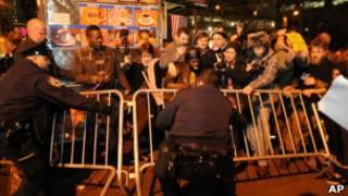 تخلیه تظاهر کنندگان جنبش وال استریت نیویورک