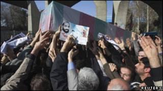تشییع جنازه مصطفی احمدی روشن