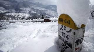 کشمیر میں برفباری