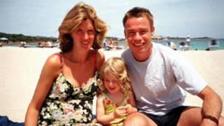 Grame Le Saux com a esposa e filha. Foto: BBC