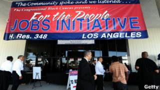 Feira de empregos em Los Angeles (Getty)