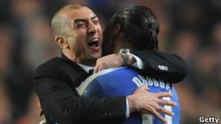 Kocin Chelsea da dan wasansa Drogba