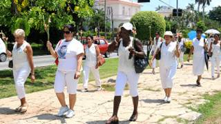 Desfile de las Damas de Blanco, en Cuba
