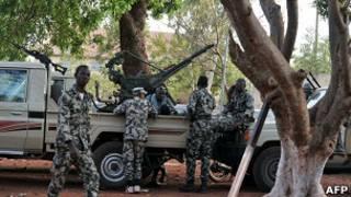 الجيش في مالي
