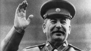 Сталин на трибуне мавзолея Ленина
