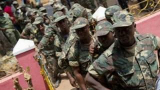 جنود من غينيا بيساو