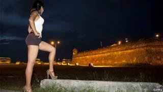 روسپی کلمبیایی در حوالی هتل کارتاخنا