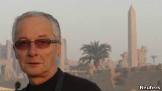 خلیل دیل، امدادگر بریتانیایی