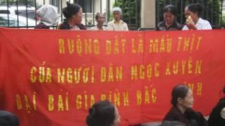 Người dân phản đối việc thu hồi đất