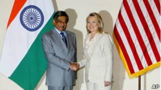 Ngoại trưởng Mỹ, H.Clinton, và Ngoại trưởng Ấn, S.M.Krishna