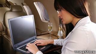 انترنت الطيران
