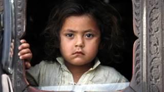 لاجئة افغانية في باكستان