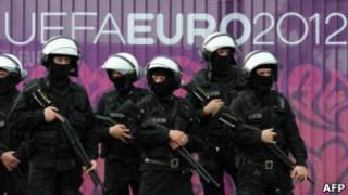 Польские полицейские на Евро-2012