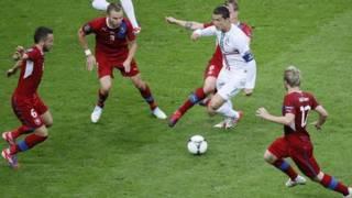 Czech gặp Bồ Đào Nha