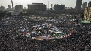 مظاهرة ضخمة في التحرير