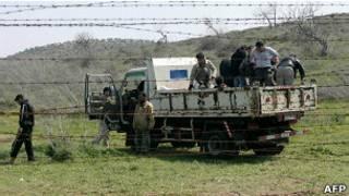 ဆီးရီးယားတပ်သား တွေတူရကီဘက်ကိုပြေး
