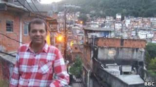 Suketu Mehta visita o Morro do Cantagalo