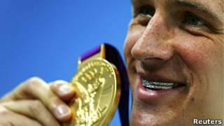 Райан Лохте с золотой медалью