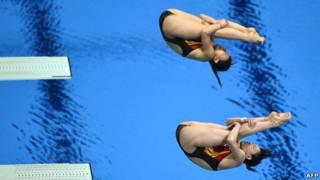 中國女子雙人三米板跳水組合