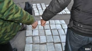 Арест таджикского наркокурьера