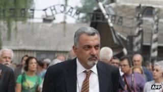 زیاد بندک، مشاور محمود عباس